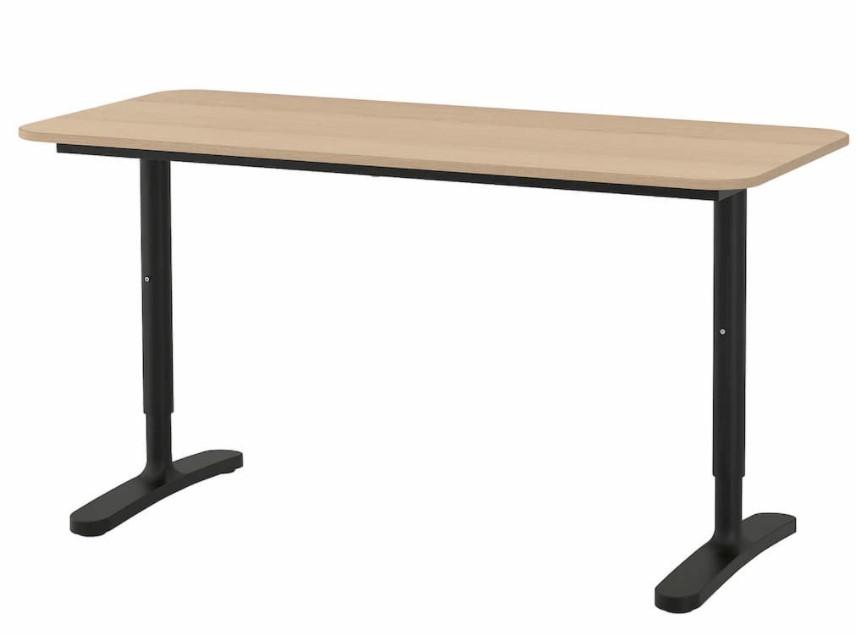 mesa para soporte dos pantallas